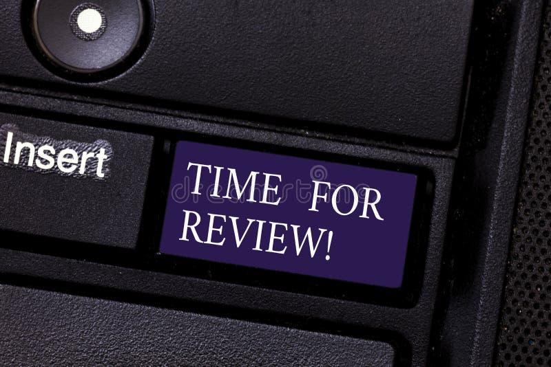 Wortschreibens-Text Zeit für Bericht Geschäftskonzept für Bewertungs-Feedback-Moment Perforanalysisce Rate Assess Keyboard lizenzfreies stockfoto