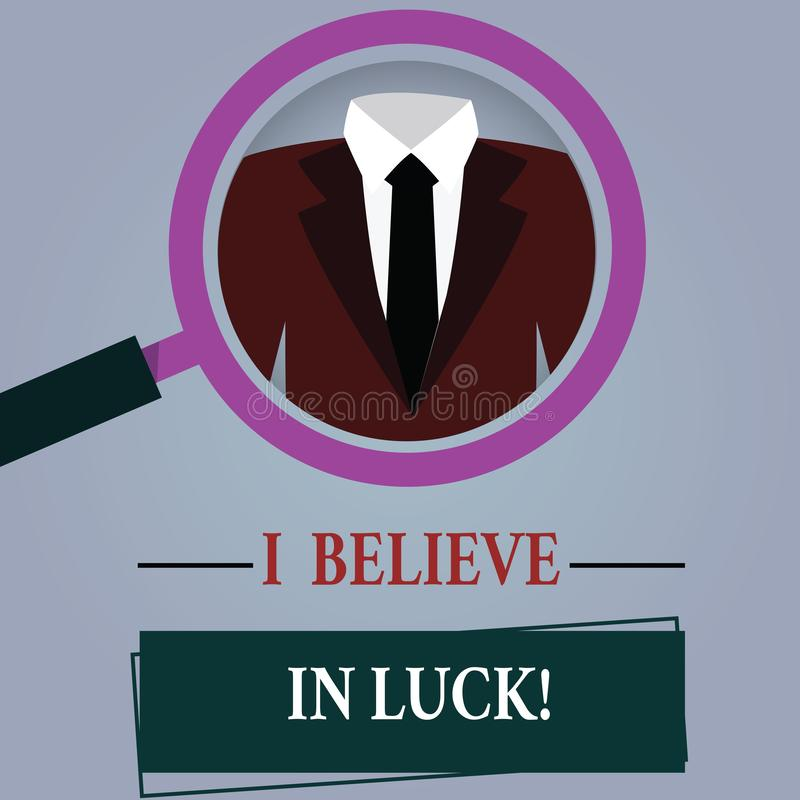 Wortschreibenstext, den ich an Glück glaube Geschäftskonzept für zum Haben von Glauben im Glücksbringer Aberglaube-denkendem Verg lizenzfreie abbildung