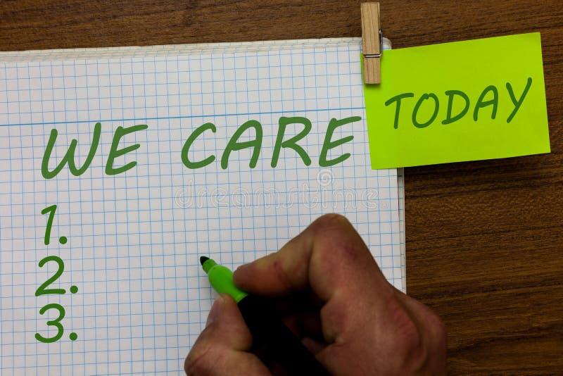 Wortschreibenstext, den wir uns interessieren Geschäftskonzept für die Sorgfalt angewendet, um irgendwelche Probleme und Fragen z stockbild