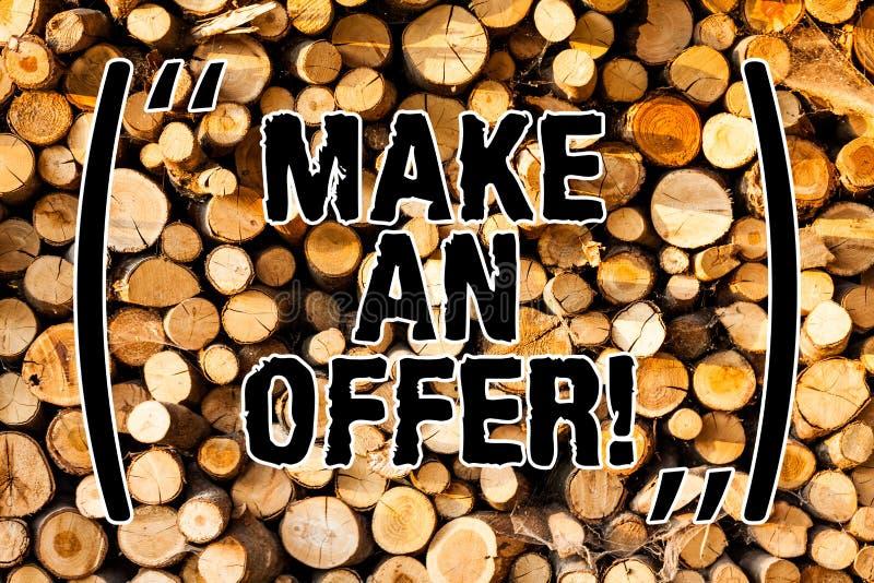 Wortschreibenstext machen ein Angebot Geschäftskonzept für Antrag holen oben Freiwilligen vorzubringen, Angebots-Grant Wooden-Hin stockfoto