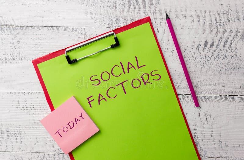 Wortschreibenstext sozial-Faktoren Geschäftskonzept für Sachen, das Lebensstil kulturelle Unterschied-Metall beeinflußt stockbilder