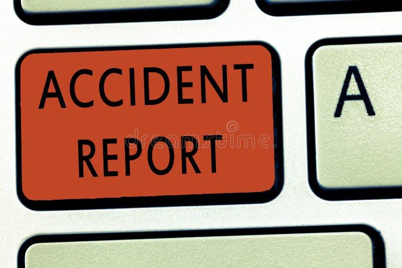 Wortschreibenstext Unfallbericht Geschäftskonzept für a-Form, die ergänzte Rekorddetails eines ungewöhnlichen Ereignisses ist stockfotografie