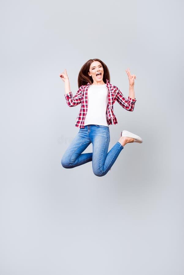 Wouah ! Bonheur, rêve, amusement, concept de joie Mignon heureux très enthousiaste photo libre de droits