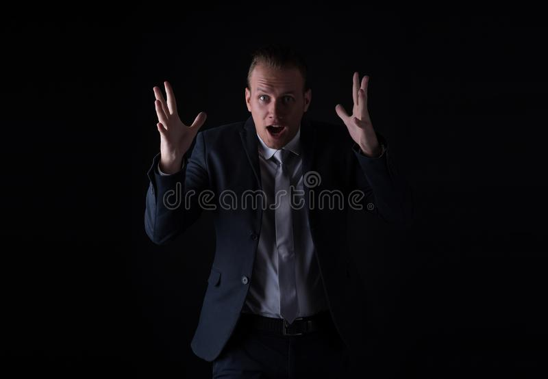 Wow! Porträt des hübschen jungen offenen Munds des Geschäftsmannes, großes Auge stockfotos