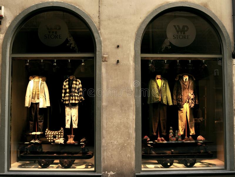WP luksusowy mody sklep w Włochy zdjęcia stock