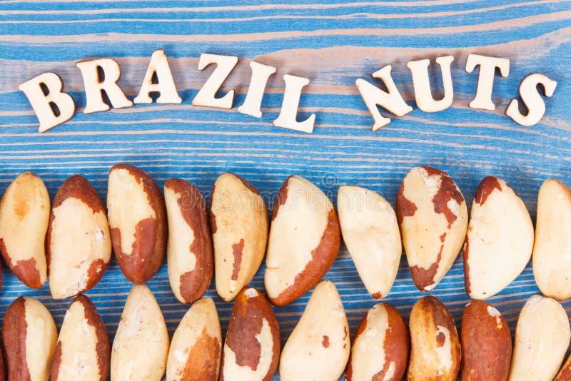 Wpisowe Brazil dokrętki i rozsypisko owoc jako źródło naturalne kopaliny i witamina zdjęcia royalty free