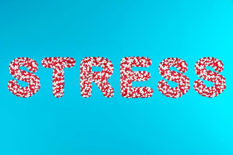 Wpisowego stresu białe i czerwone kapsuły zdjęcia royalty free