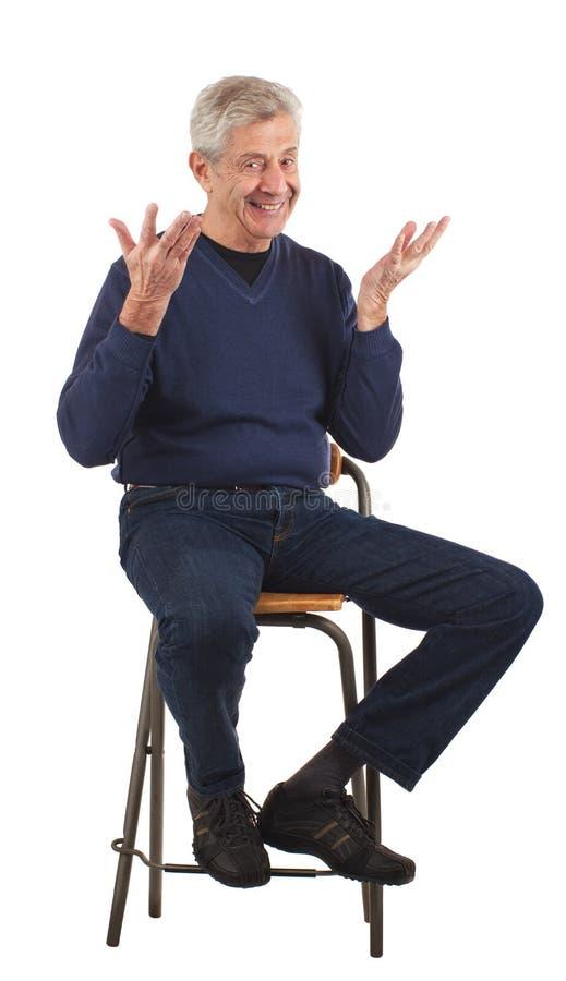 wręcza podniesionego mężczyzna szczęśliwego seniora obrazy royalty free