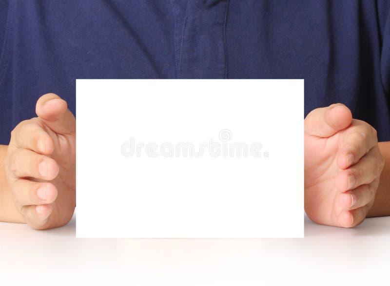 Wręczający biznesu a4 kartę w ręce royalty ilustracja