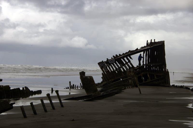 wrak statku piasku. obrazy stock