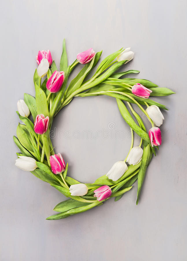 Free Wreath Of Pink And White Tulips On A Gray Wall Stock Image - 49178541