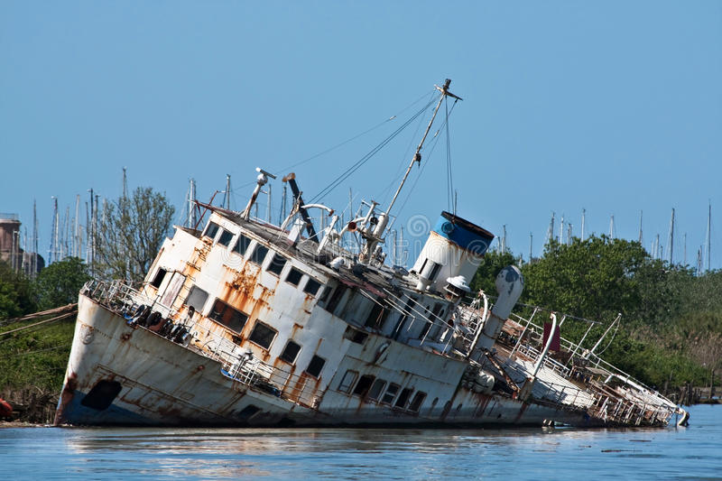 Wreck On The River