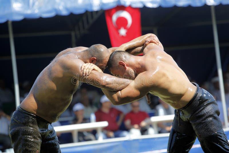 Wrestling oleoso turco imagem de stock royalty free