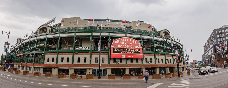 Wrigley-Feldbaseballstadion - Haus der Chicago Cubs - CHICAGO, USA - 10. JUNI 2019 stockbilder