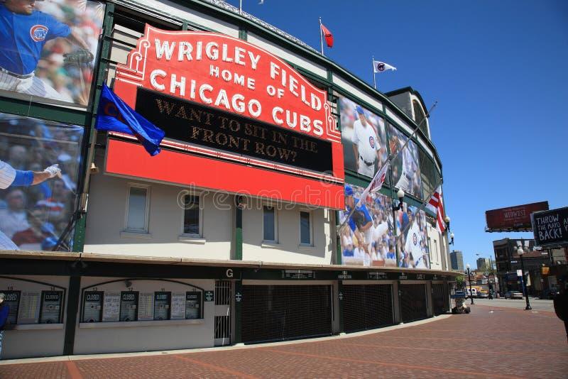 Wrigley Gebied - de Welpen van Chicago stock afbeeldingen
