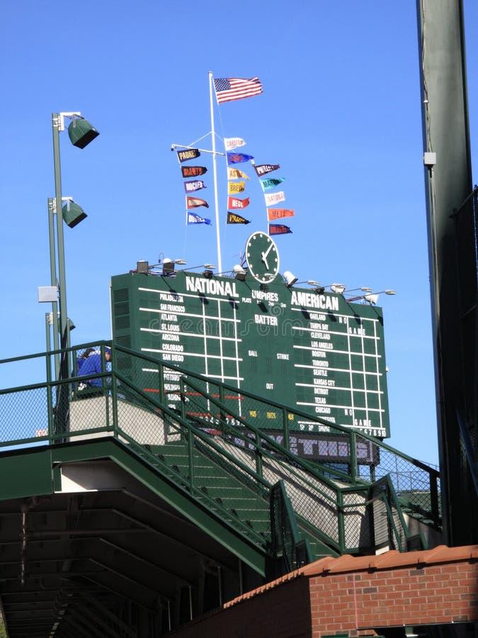Wrigley sistema - il tabellone segnapunti del Chicago Cubs fotografie stock