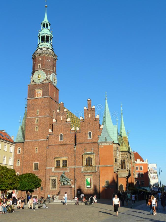 WROCLAW, ΣΙΛΕΣΙΑ, το Πολωνία-Δημαρχείο στο κύριο τετράγωνο στοκ εικόνες με δικαίωμα ελεύθερης χρήσης