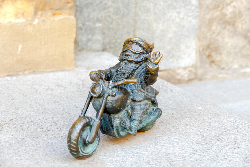 wroclaw Гном скульптуры стоковые изображения rf