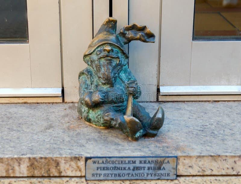wroclaw Гном скульптуры стоковая фотография