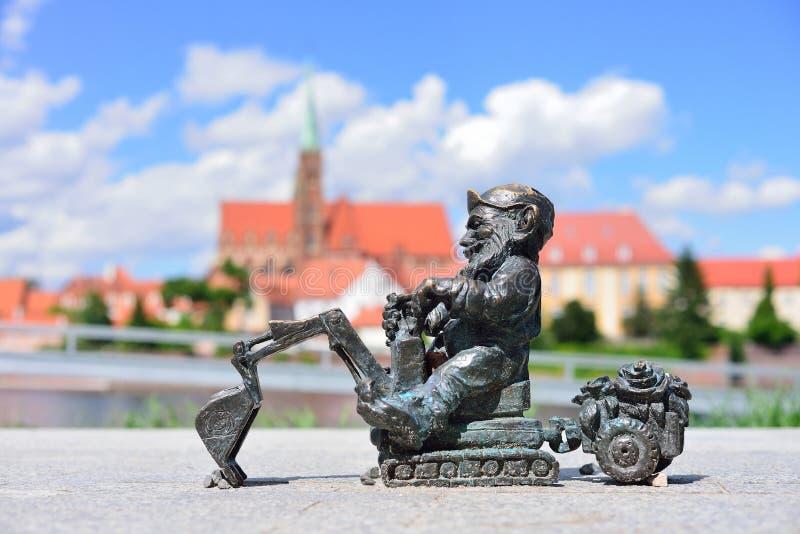 WROCLAW, ПОЛЬША - ИЮНЬ 2017: Символ Wroclaw Малое gno стоковая фотография rf