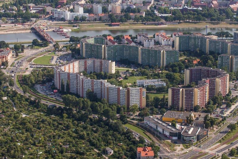 Wroclaw, Польша - 22-ое июля 2015: Вид с воздуха города Wroclaw внутри стоковые фотографии rf