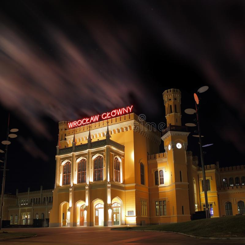 Wroclaw bij nacht stock fotografie