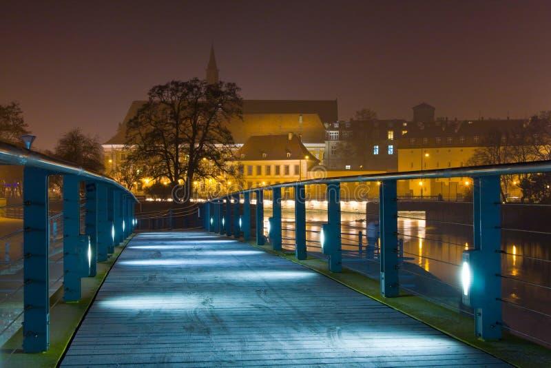 Wroclaw i natten. royaltyfri foto