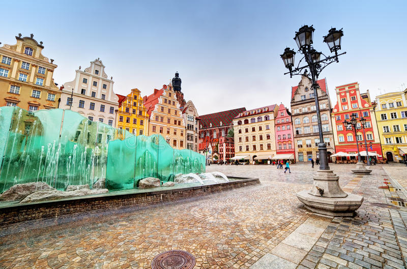 Wroclaw, Polen. Het marktvierkant met de beroemde fontein royalty-vrije stock afbeelding