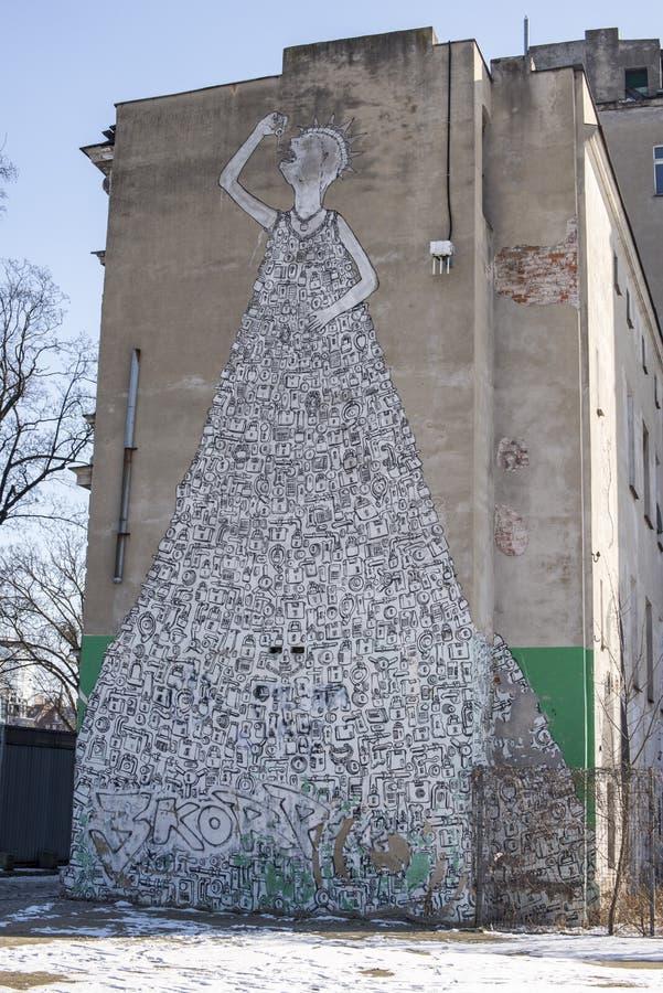 Wroclaw, Polen, stedelijke straatkunst schilderde aan kant van flatgebouw royalty-vrije stock foto's