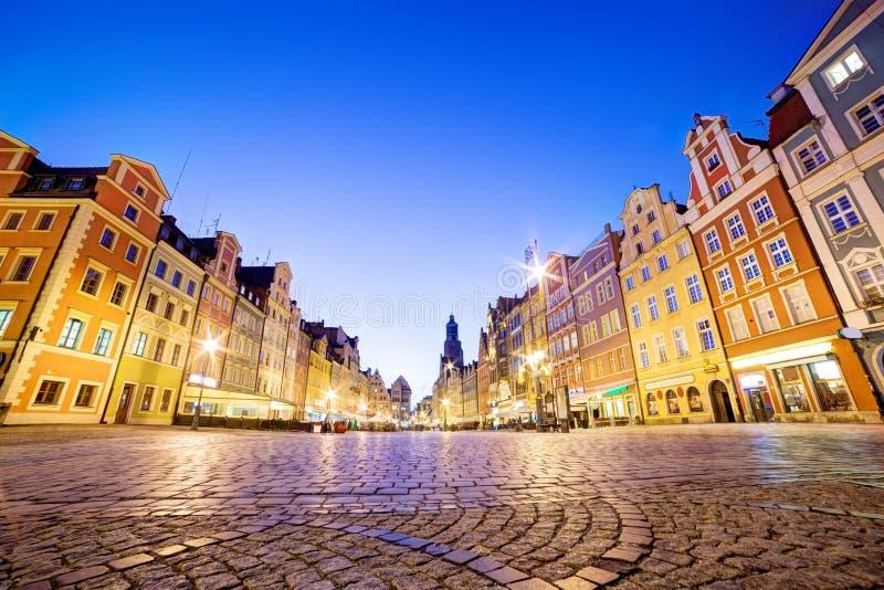 Wroclaw, Polonia. Il quadrato del mercato alla notte fotografia stock libera da diritti