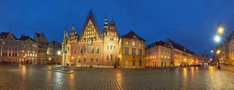 Wroclawstad in Polen, panoramisch beeld of Stadhuis stock fotografie