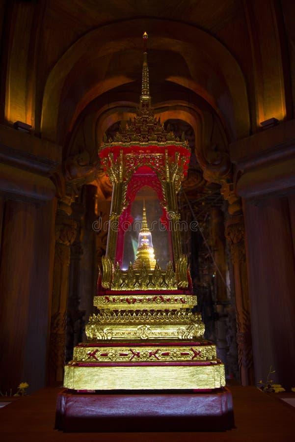 Wrzesień 14, 2014 Prawdziwa świątynia jest unikalnym świątynnym completel zdjęcia royalty free
