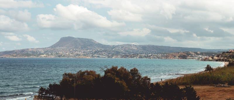 Wrzesień 28th, 2017, Kalyves, Grecja - panoramiczny widok Kalyves, wielka wioska w Crete, Grecja zdjęcia royalty free