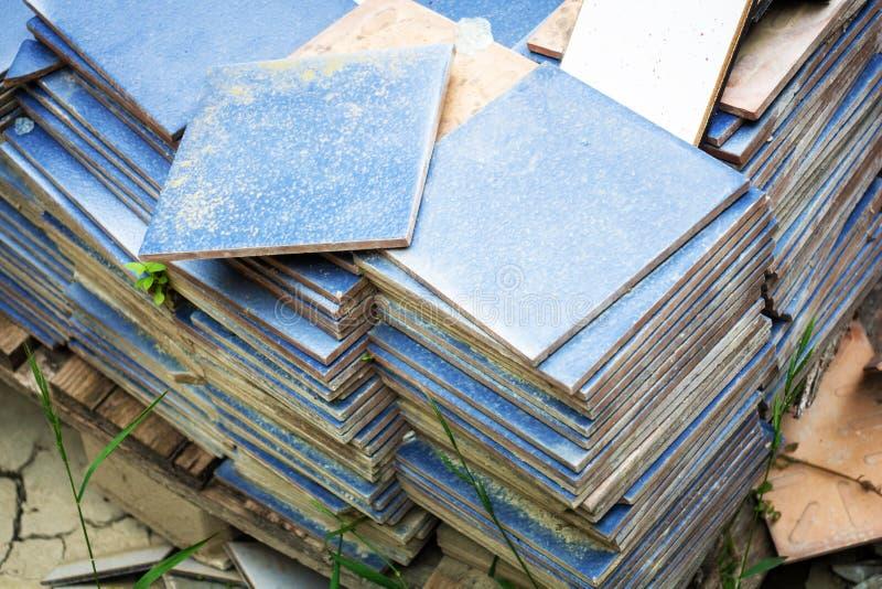 wsad przyschnięte błękitne płytki zdjęcie stock