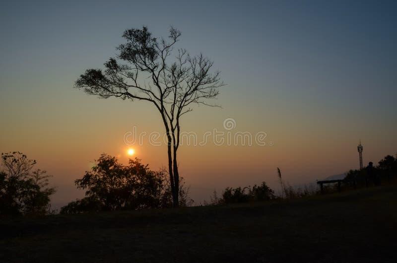 Download Wschód słońca obraz stock. Obraz złożonej z abstrakt - 57661643