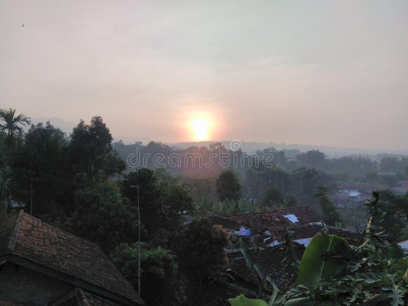 Wschód słońca, dachu ranek zdjęcie stock