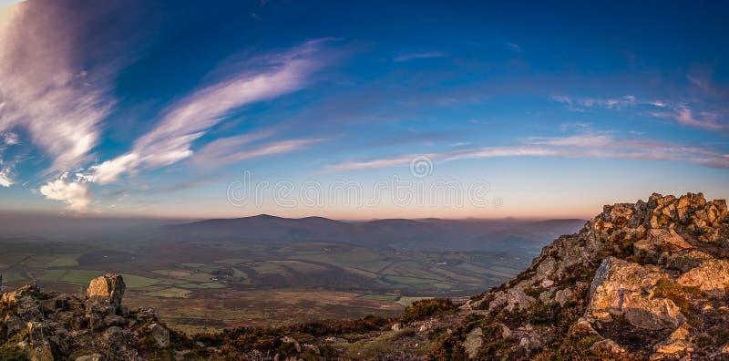 Wschód słońca góra obrazy stock