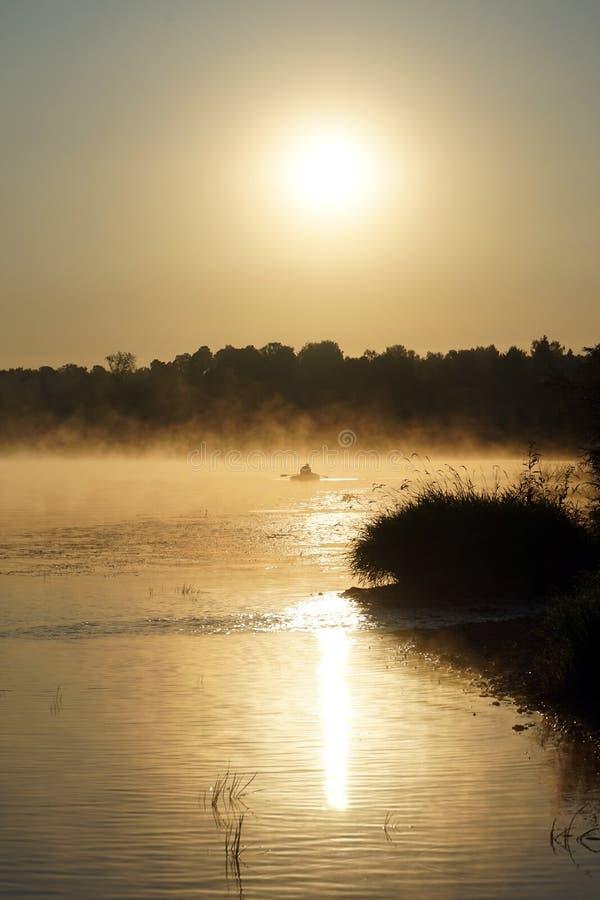 Wschód słońca i rzeka zdjęcia royalty free
