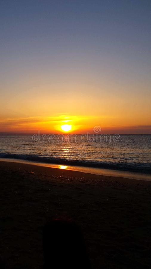 Wschód słońca i zaciszność, szczęśliwy i spokojny zdjęcie royalty free
