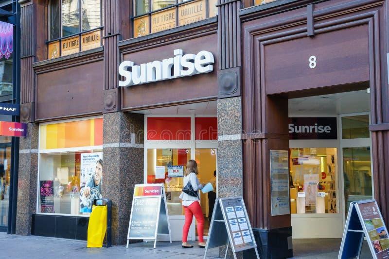 Wschód słońca komunikacj sklep detaliczny obrazy royalty free