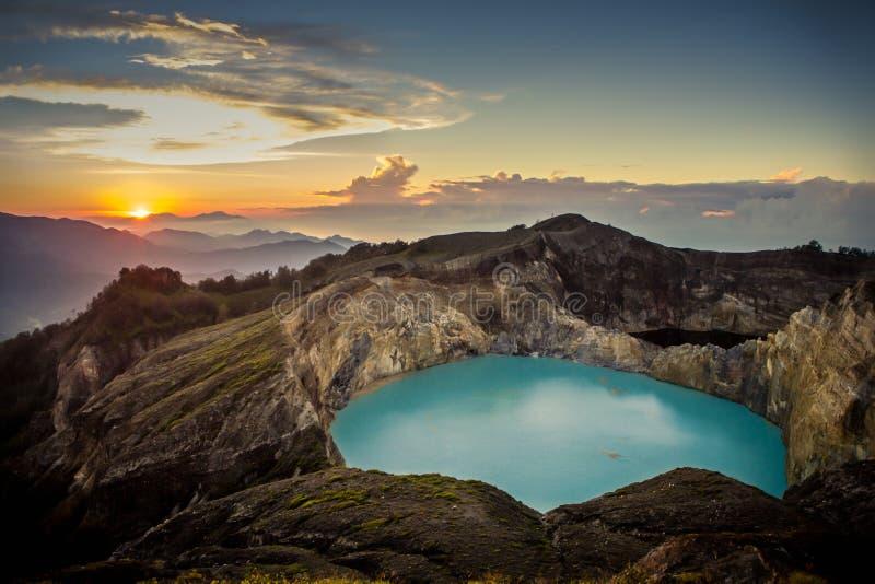 Wschód słońca na górze Kelimutu wulkanu obrazy royalty free