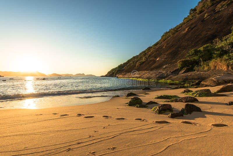 wschód słońca na plaży zdjęcie royalty free