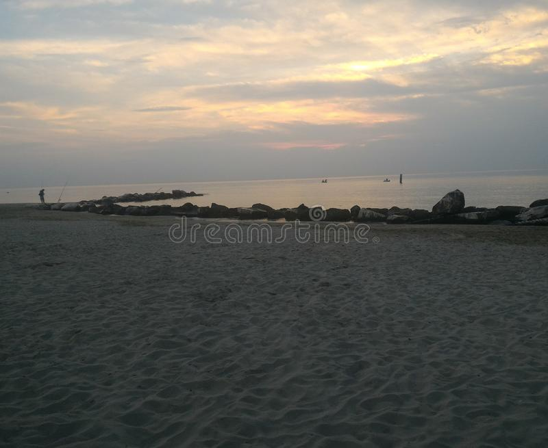 Wschód słońca na seashore fotografia stock