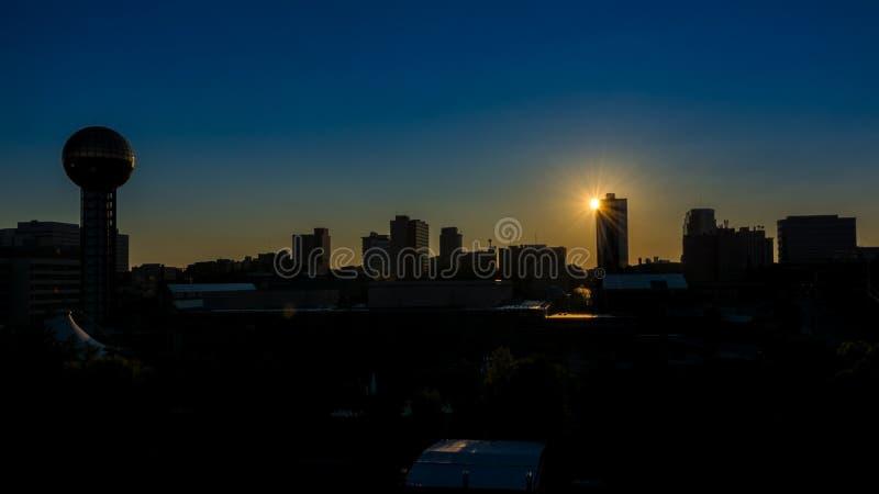 Wschód słońca nad Knoxville Tennessee linią horyzontu obrazy royalty free