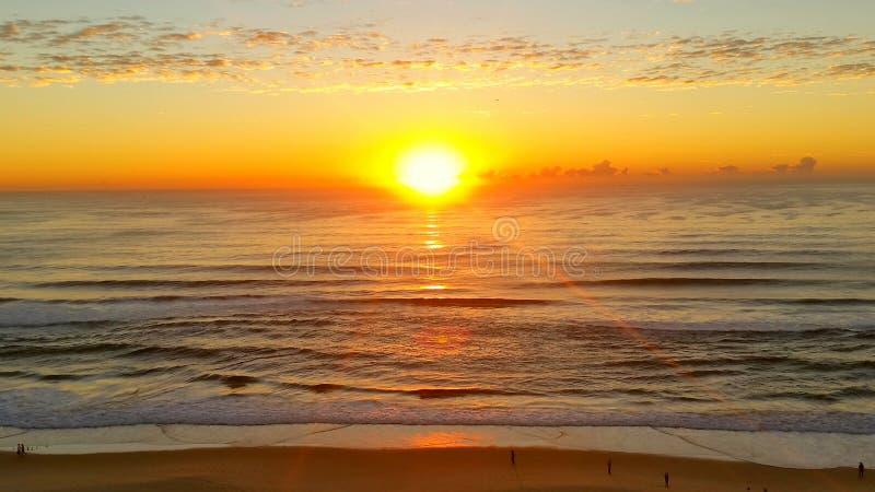 wschód słońca nad ocean obrazy stock