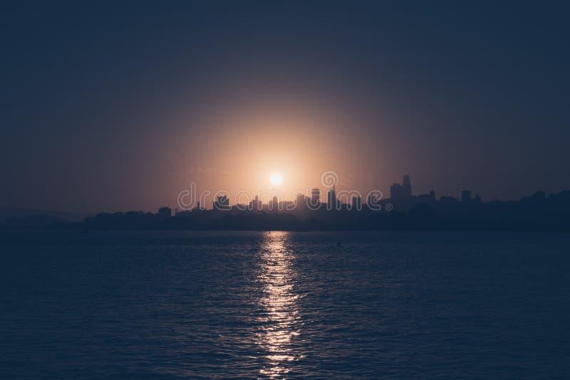 Wschód słońca nad w centrum San Francisco obraz royalty free
