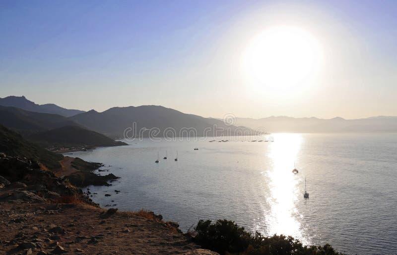 Wschód słońca nad wyspami Sanguinaires - pragnienie krwi we Francji, na Korsyce, we Francji obraz royalty free