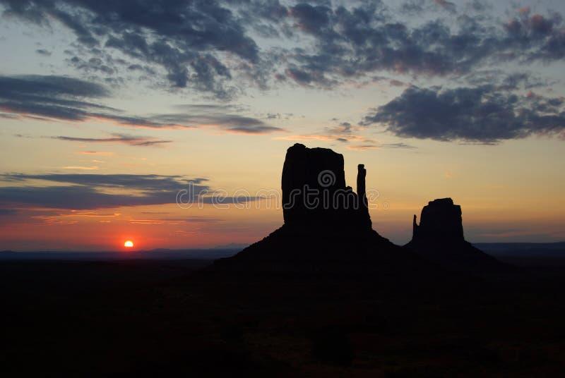 wschód słońca pomnikowa dolina obrazy stock