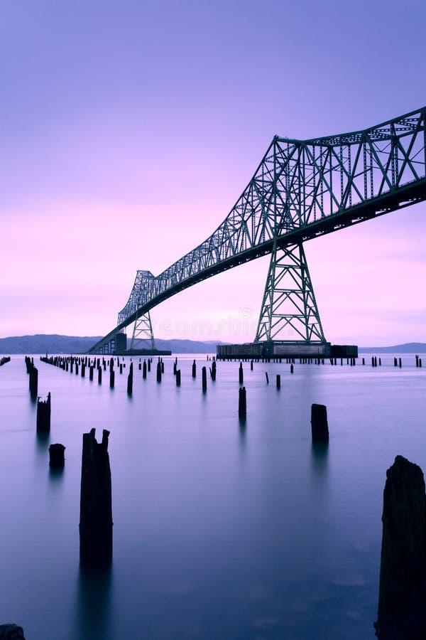 Wschód słońca przy Astoria Megler mostem, usa zdjęcia royalty free