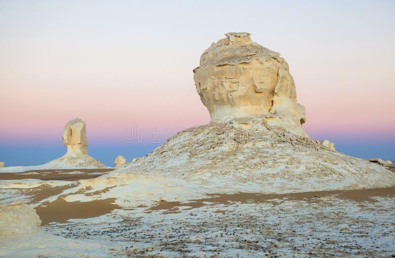Wschód słońca przy biel pustynią, Egipt obraz stock